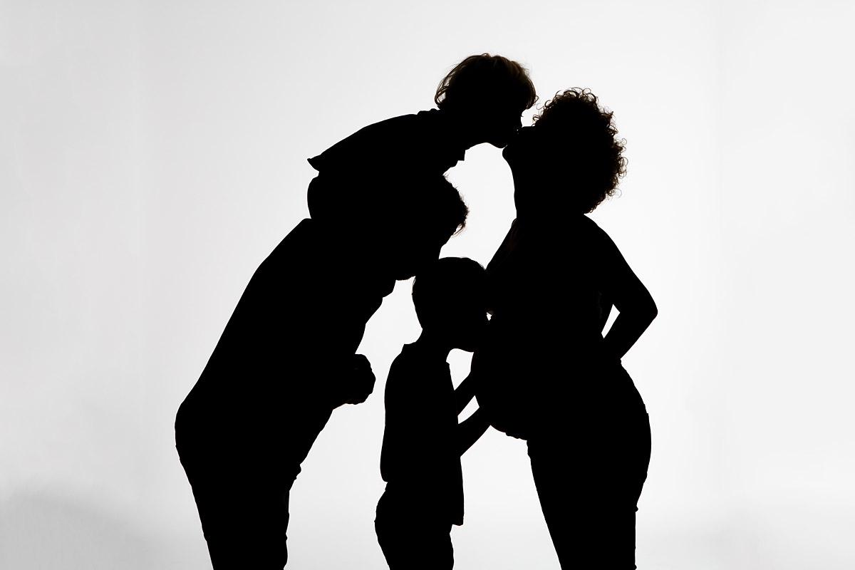 Schwangerschaftsfotos im Fotostudio in Berlin
